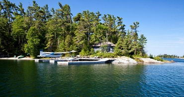 Main harbour and guest cottage - Country homes for sale and luxury real estate including horse farms and property in the Caledon and King City areas near Toronto
